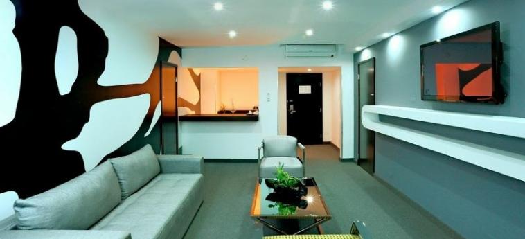 Riande Aeropuerto Hotel & Casino: Suite PANAMA-STADT