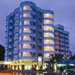 Hotel Crystal Suites