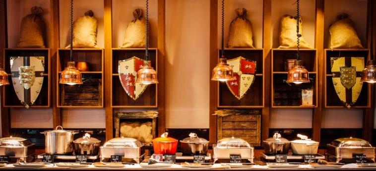 Hotel Dream Castle: Buffet PARIGI - DISNEYLAND PARIS