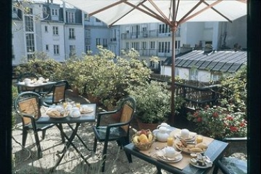 Hotel 7 Eiffel: Terrazza PARIGI