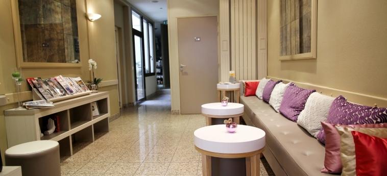 Hotel L' Interlude: Hall PARIGI