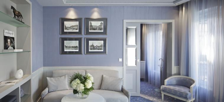 Hotel Rochester Champs Elysees: Salotto PARIGI