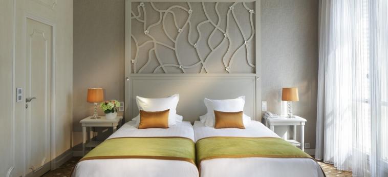 Hotel Splendid Etoile: Camera Matrimoniale/Doppia PARIGI