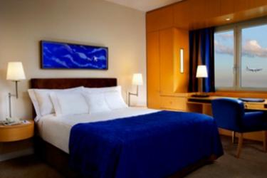 Sheraton Paris Airport Hotel & Conference Centre: Chambre Double PARIS - AEROPORT CDG