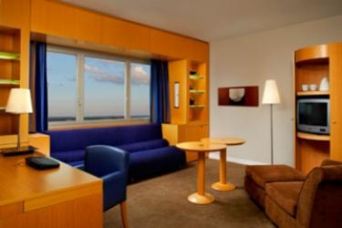Sheraton Paris Airport Hotel & Conference Centre: Chambre junior Suite  PARIS - AEROPORT CDG