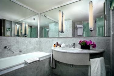 Sheraton Paris Airport Hotel & Conference Centre: Salle de Bains PARIS - AEROPORT CDG