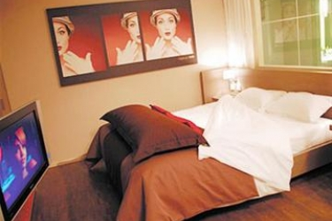 Standing Hotel Suites By Actisource: Chambre Double PARIS - AEROPORT CDG