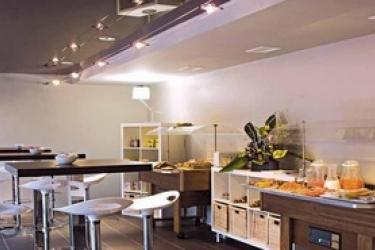 Standing Hotel Suites By Actisource: Sala de Desayuno PARIS - AEROPUERTO CDG