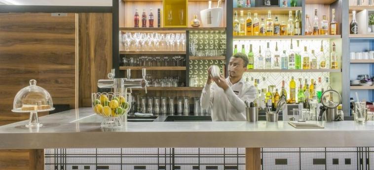 Hotel Elysee Val D'europe: Bar PARIS - DISNEYLAND PARIS