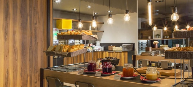 Hotel Elysee Val D'europe: Desayuno PARIS - DISNEYLAND PARIS