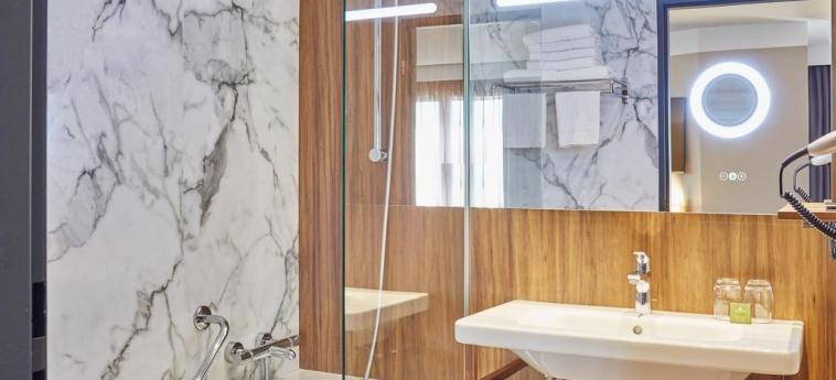 Hotel Elysee Val D'europe: Badezimmer PARIS - DISNEYLAND PARIS