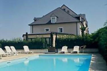 Hotel Du Moulin: Outdoor Swimmingpool PARIS - DISNEYLAND PARIS