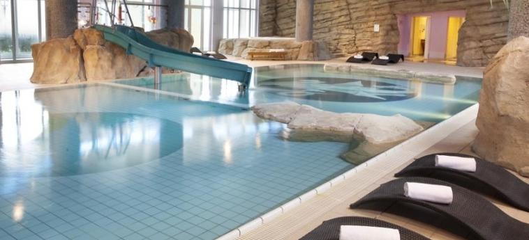 Vienna House Dream Castle: Indoor Swimmingpool PARIS - DISNEYLAND PARIS