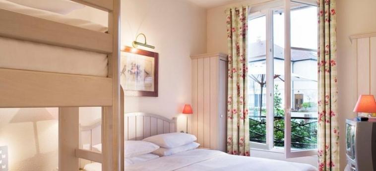 Hotel Campanile Val De France: Bedroom PARIS - DISNEYLAND PARIS