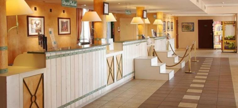 Hotel Campanile Val De France: Reception PARIS - DISNEYLAND PARIS