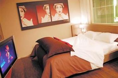 Standing Hotel Suites By Actisource: Doppelzimmer PARIS - FLUGHAFEN CDG