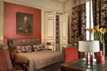 Hotel Mansart: Bedroom PARIS
