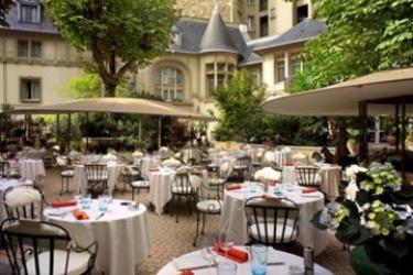 Renaissance Paris Hotel Le Parc Trocadero: Außen Restaurant PARIS