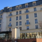 Hotel Residhome Neuilly Plaisance Bords De Marne