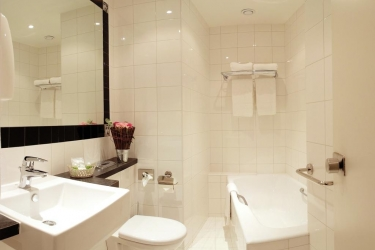 Hotel Etoile Trocadero: Badezimmer PARIS