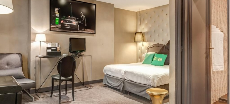 Hotel Ze: Gastzimmer Blick PARIS