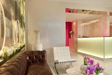 Hotel 7 Eiffel: Lobby PARIS