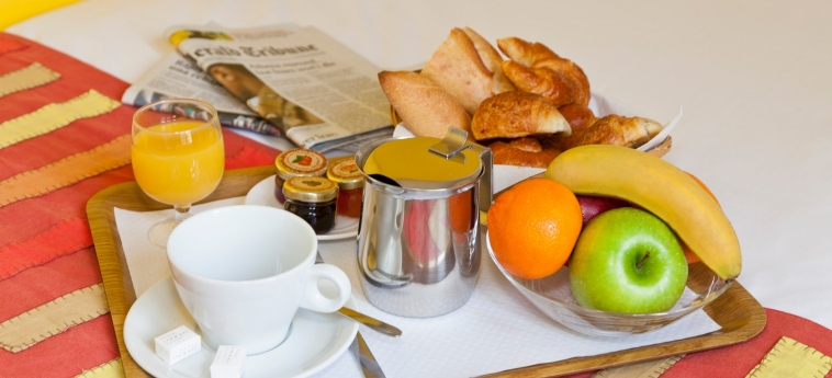 Hotel Bastille De Launay: Frühstück PARIS