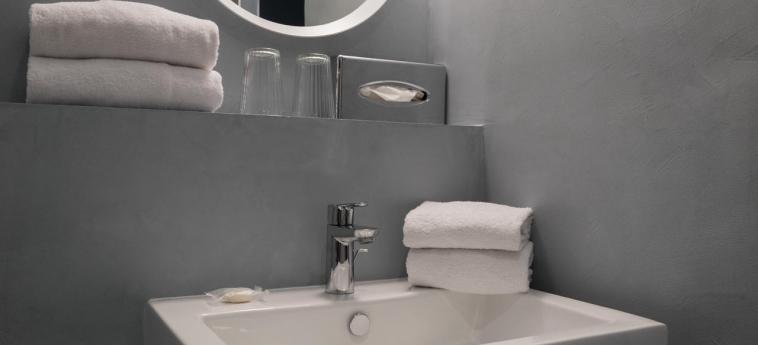 Quality Hotel & Suites Bercy Bibliotheque By Happyculture: Cuarto de Baño PARIS