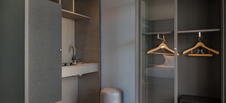Quality Hotel & Suites Bercy Bibliotheque By Happyculture: Interior del hotel PARIS