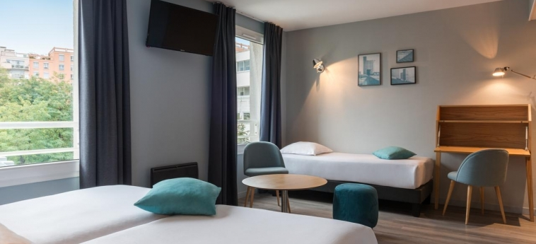 Quality Hotel & Suites Bercy Bibliotheque By Happyculture: Room - Guest PARIS
