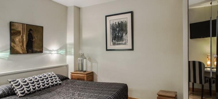 Hotel Aberotel Montparnasse: Habitaciòn Doble PARIS