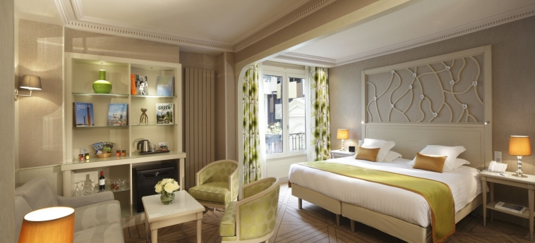 Hotel Rochester Champs Elysees: Doppelzimmer  PARIS