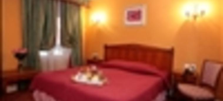 Hotel De Seine: Twin Room PARIS
