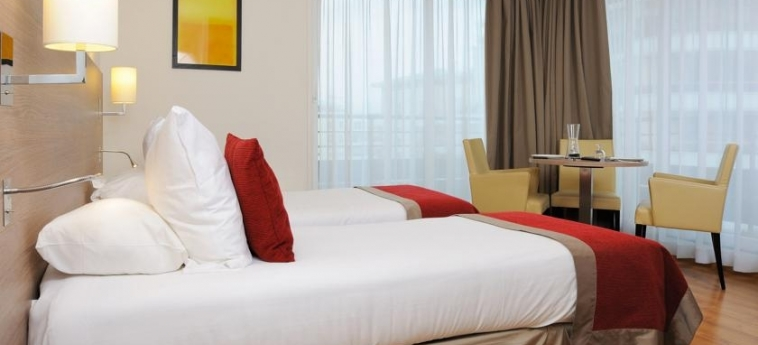 Hotel Residhome Monceau Bois Colombes: Twin Room PARIS