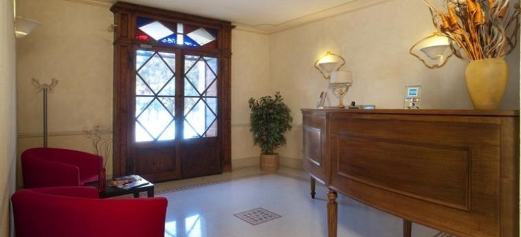 Hotel Residenze Temporanee: Ristorante Esterno PARMA
