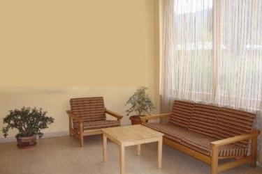 Hotel Janka Resort: Lobby sitting area PARO