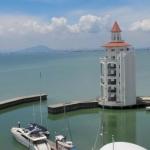 Hotel Luxury Suites @ Straits Quay