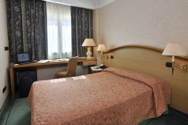 Perugia Plaza Hotel: Chambre PEROUSE