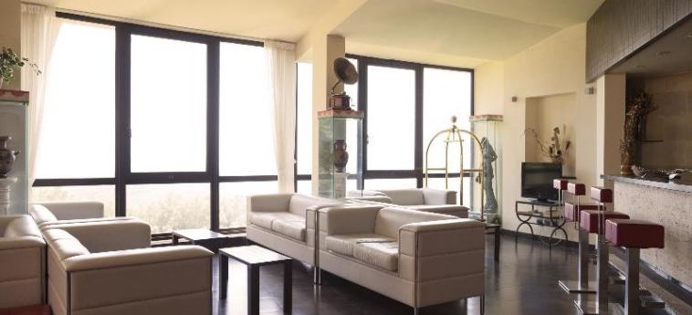 Hotel Bluebay Colle Della Trinità: Lobby PERUGIA