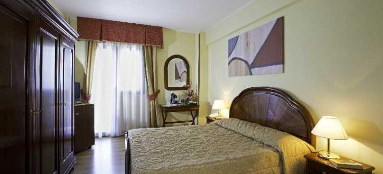 Grand Hotel Del Parco: Bedroom PESCASSEROLI - L\'AQUILA - Abruzzo