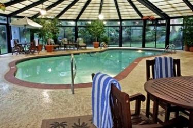 Hotel Courtyard Philadelphia City Avenue: Piscine Couverte PHILADELPHIA (PA)