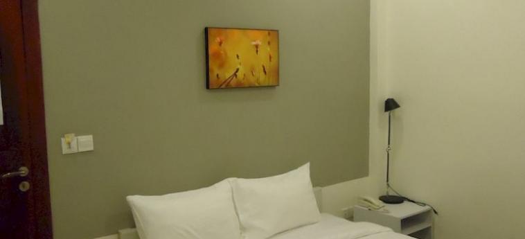 St. 288 Hotel Apartment & Hotel Service: Bar PHNOM PENH