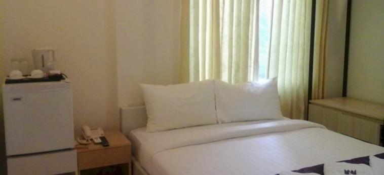 St. 288 Hotel Apartment & Hotel Service: Camera Business Suite PHNOM PENH