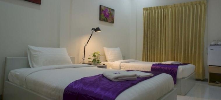 St. 288 Hotel Apartment & Hotel Service: Roof Garden PHNOM PENH