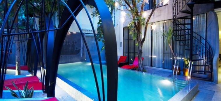 Teav Bassac Boutique Hotel & Spa: Parqueadero PHNOM PENH