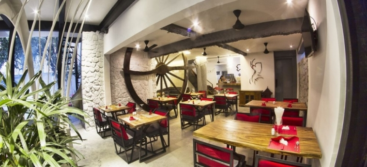 Teav Bassac Boutique Hotel & Spa: Ristorante PHNOM PENH