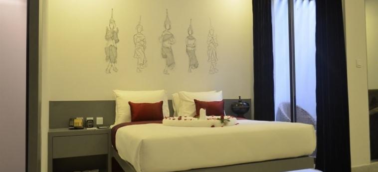 Teav Bassac Boutique Hotel & Spa: Außen Bar PHNOM PENH