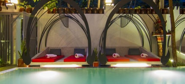 Teav Bassac Boutique Hotel & Spa: Außenschwimmbad PHNOM PENH