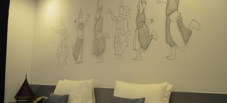Teav Bassac Boutique Hotel & Spa: Schreibtisch PHNOM PENH