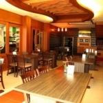 Mae Larn Restraurant & Hotel